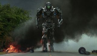 What is Lockdown's vehicle form in Age of Extinction?